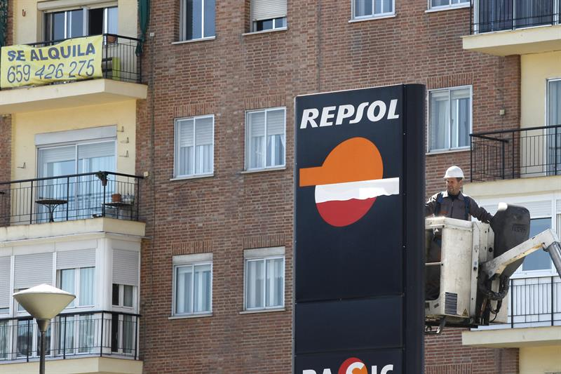 The CJEU says that the contracts that force the supply of Repsol can be canceled