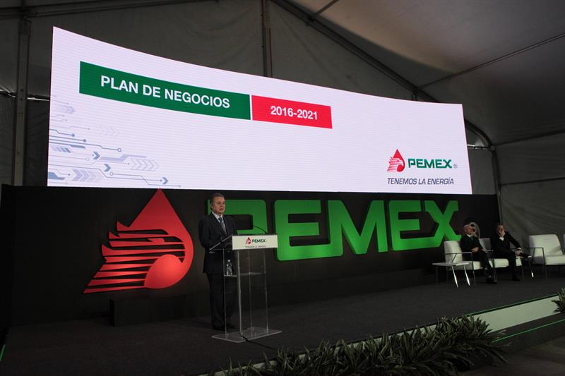 Firma Ienova closes purchase of Pipelines and Energy in 547 million dollars