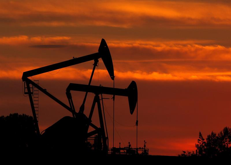 Texas oil opens up 1.64% to $ 57.76