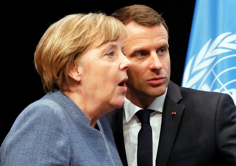 "France wants a ""stable and strong"" Germany to move forward jointly"